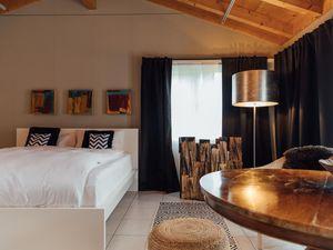 Ferienwohnung für 2 Personen (62 m²) ab 235 € in Saanen