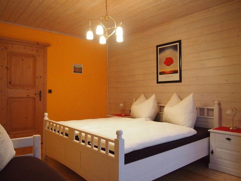 ferienwohnung f r 5 personen 60 m ab 82 id 18093068 sankt martin am tennengebirge. Black Bedroom Furniture Sets. Home Design Ideas