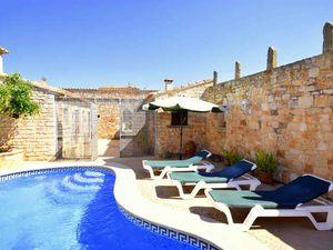 Ferienwohnung für 7 Personen ab 240 € in Santanyi