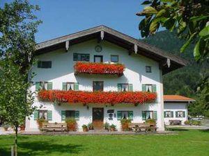 Ferienwohnung für 5 Personen (65 m²) ab 49 € in Schleching