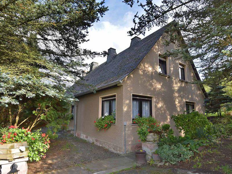 17888755-Ferienwohnung-2-Schmalkalden-800x600-2