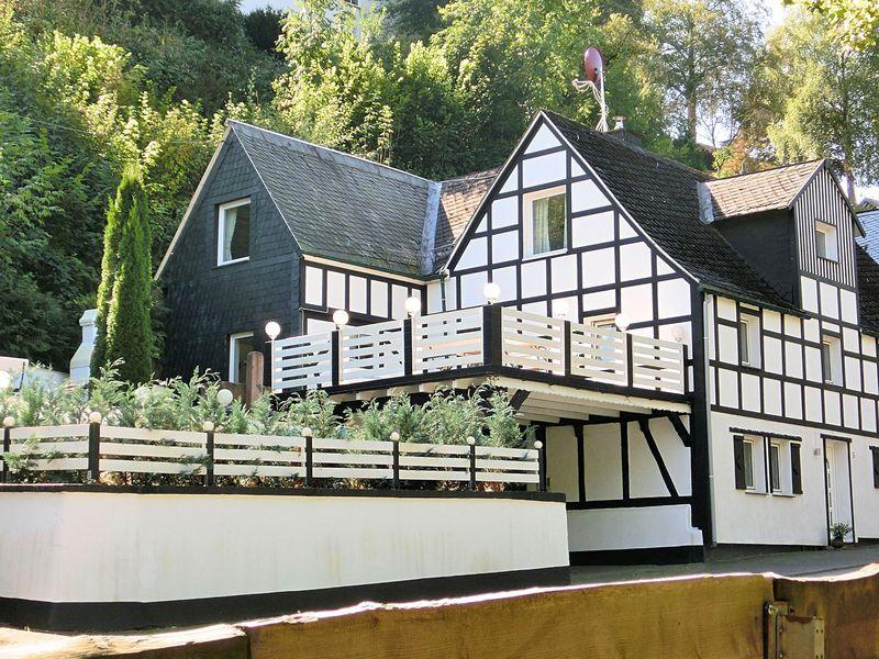 19341308-Ferienwohnung-4-Schmallenberg-800x600-1