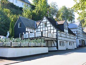 19341312-Ferienwohnung-8-Schmallenberg-300x225-2