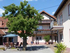 19059814-Ferienwohnung-4-Schwedelbach-300x225-7
