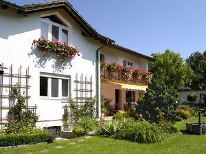 Ferienwohnung für 3 Personen (50 m²) ab 63 € in Seeon-Seebruck