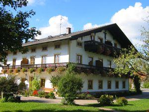 Ferienwohnung für 3 Personen (45 m²) ab 79 € in Seeon-Seebruck