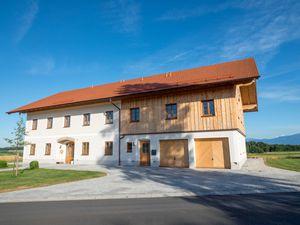Ferienwohnung für 4 Personen (65 m²) ab 110 € in Seeon-Seebruck