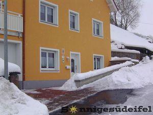 3794152-Ferienwohnung-3-Seffern-300x225-1
