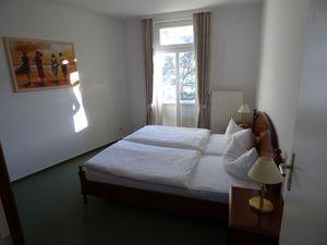 18773512-Ferienwohnung-4-Sellin (Ostseebad)-300x225-4
