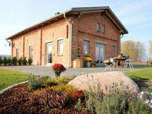 Ferienwohnung für 7 Personen (120 m²) ab 104 € in Sundhagen