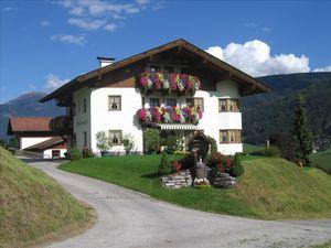 Ferienwohnung für 1 Person ab 39 € in Telfes im Stubai