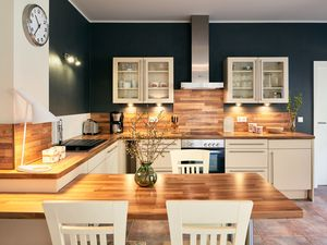 22048963-Ferienwohnung-2-Thiessow-300x225-9