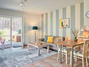 22048963-Ferienwohnung-2-Thiessow-300x225-3