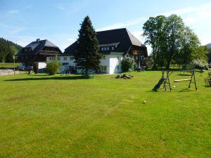 19041898-Ferienwohnung-3-Titisee-Neustadt-300x225-4