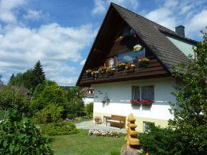 Ferienwohnung für 4 Personen ab 49 € in Titisee-Neustadt