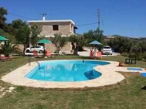 Ferienwohnung für 5 Personen (80 m²) ab 73 € in Triopetra