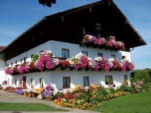 Ferienwohnung für 3 Personen (60 m²) ab 87 € in Truchtlaching