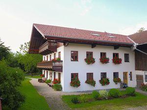 Ferienwohnung für 4 Personen (120 m²) ab 100 € in Übersee