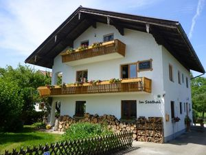 Ferienwohnung für 4 Personen (63 m²) ab 85 € in Übersee