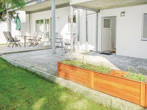 Ferienwohnung für 5 Personen (99 m²) ab 77 € in Warwerort