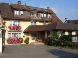 Ferienwohnung für 5 Personen ab 102 € in Wasserburg am Bodensee