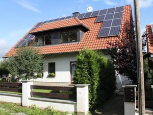 Ferienwohnung für 6 Personen (84 m²) ab 65 € in Weimar
