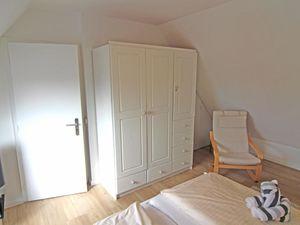 18712628-Ferienwohnung-4-Wenningstedt-300x225-7