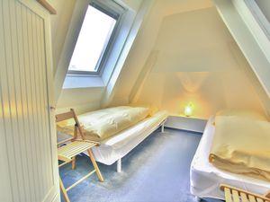 22147785-Ferienwohnung-5-Wenningstedt-300x225-5