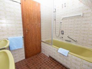 18712475-Ferienwohnung-3-Wenningstedt-300x225-3