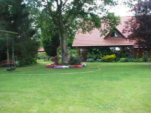 19287620-Ferienwohnung-2-Westerstede-300x225-81