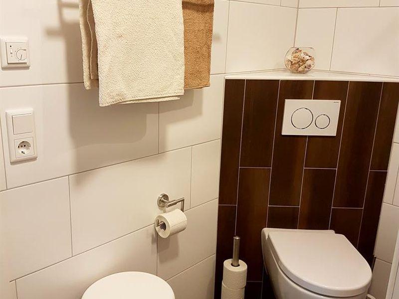 19375660-Ferienwohnung-4-Westerstede-800x600-22