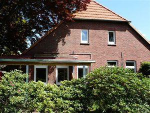 19287610-Ferienwohnung-2-Westerstede-300x225-3