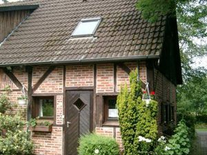 19864591-Ferienwohnung-3-Wiefelstede-300x225-2