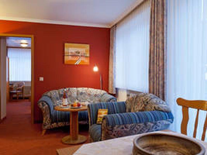 ferienwohnung f r 3 personen 0 m ab 54 id 18380991 willingen upland. Black Bedroom Furniture Sets. Home Design Ideas