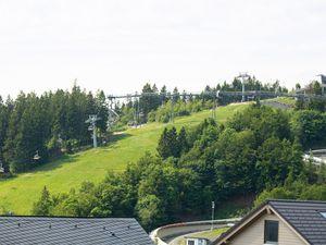 22051749-Ferienwohnung-4-Winterberg-300x225-20