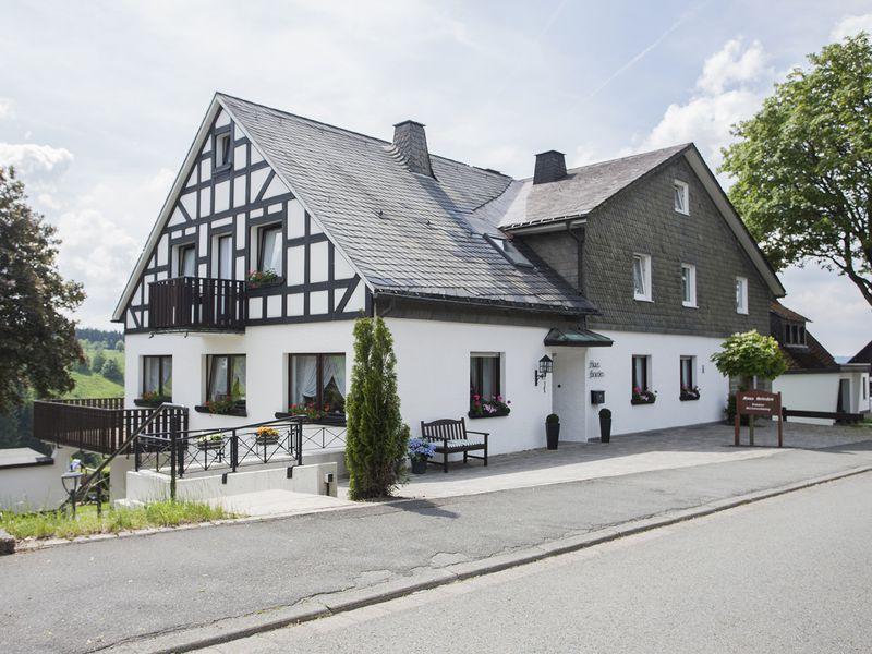 22100437-Ferienwohnung-3-Winterberg-800x600-0