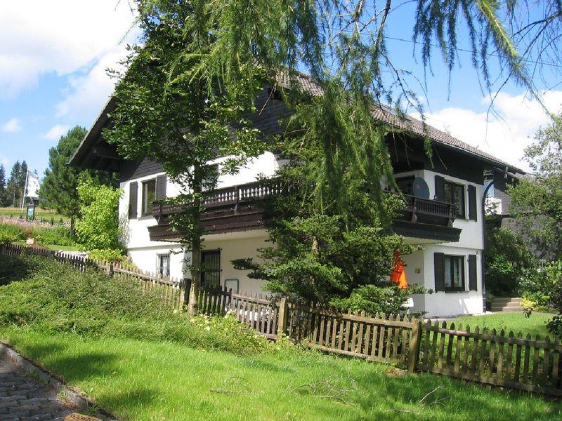 22101111-Ferienwohnung-3-Winterberg-800x600-0
