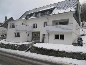 22101113-Ferienwohnung-12-Winterberg-300x225-1