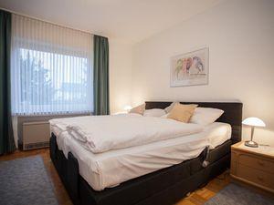 22100477-Ferienwohnung-4-Winterberg-300x225-5