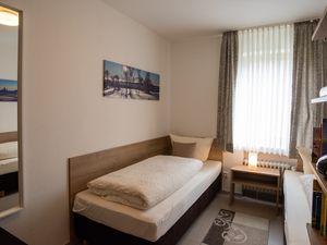 22128551-Ferienwohnung-6-Winterberg-300x225-10