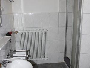 22100445-Ferienwohnung-4-Winterberg-300x225-1