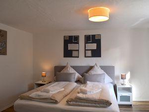 Ferienwohnung für 5 Personen (90 m²) ab 100 € in Winterberg