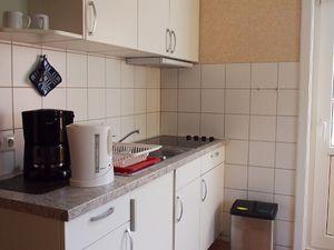 18588650-Ferienwohnung-2-Wittdün-300x225-5