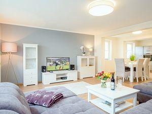 22004371-Ferienwohnung-6-Zingst (Ostseebad)-300x225-1