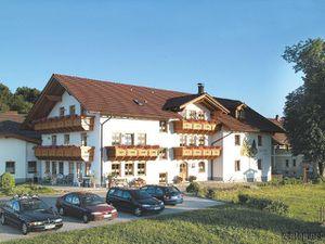 19048958-Ferienwohnung-4-Zwiesel-300x225-1