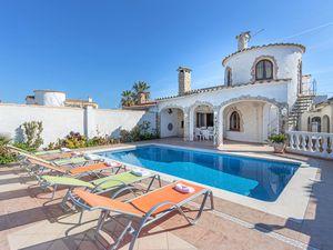 Villa für 6 Personen ab 185 € in Empuriabrava