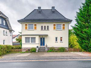 Villa für 8 Personen (250 m²) ab 158 € in Medebach