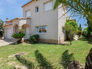 Villa für 8 Personen (160 m²) ab 286 € in Sant Pere Pescador