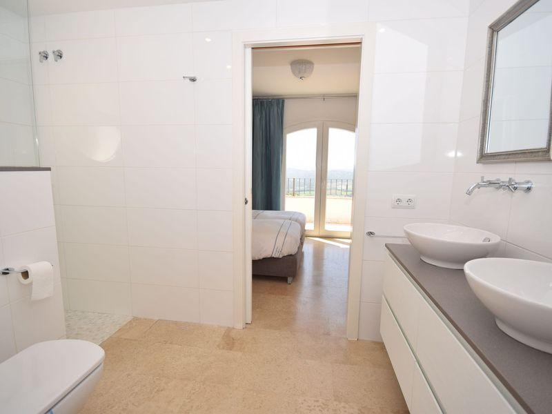 19342261-Villa-8-Santa Cristina d'Aro-800x600-39
