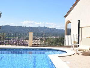 Villa für 8 Personen (250 m²) ab 156 €
